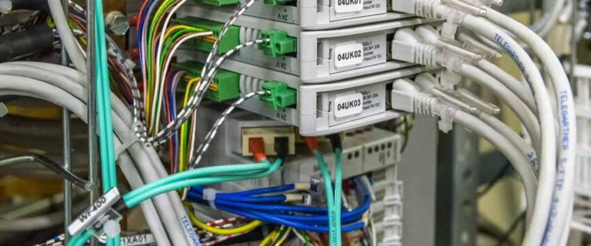 áramvédő kapcsoló bekötése